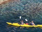 Kayak en la Costa Brava, Abigal King
